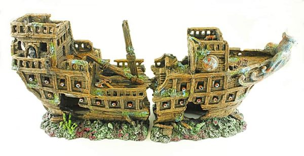 Sunken Galleon suitable for aquarium over 48 Inches due to its size
